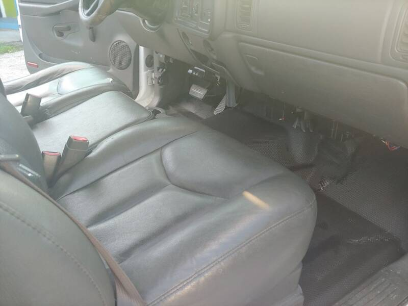 2004 Chevrolet Silverado 1500 2dr Standard Cab Rwd LB - Largo FL