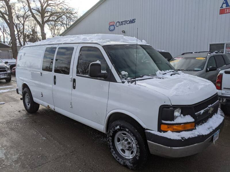 2008 Chevrolet Express Cargo for sale at AmericAuto in Des Moines IA