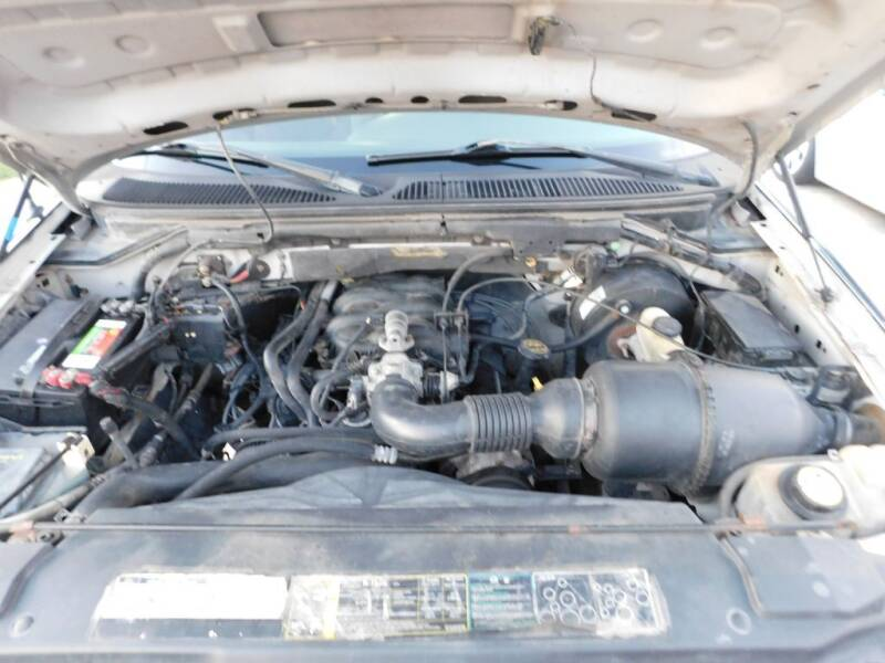 2002 Ford F-150 2dr Regular Cab XL 2WD Flareside SB - San Antonio TX