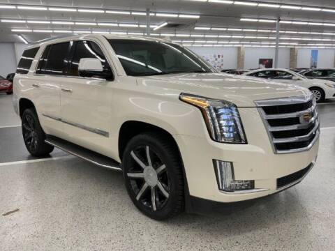 2015 Cadillac Escalade for sale at Dixie Motors in Fairfield OH
