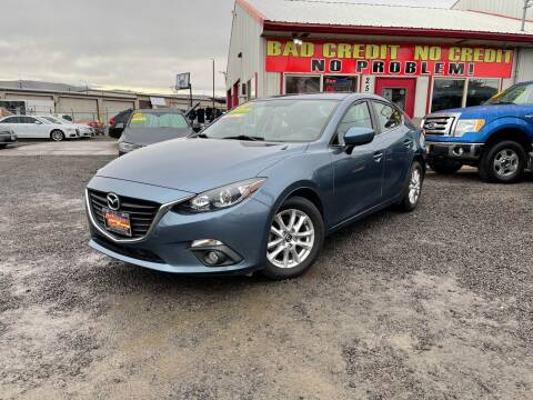 2015 Mazda MAZDA3 for sale at Yaktown Motors in Union Gap WA