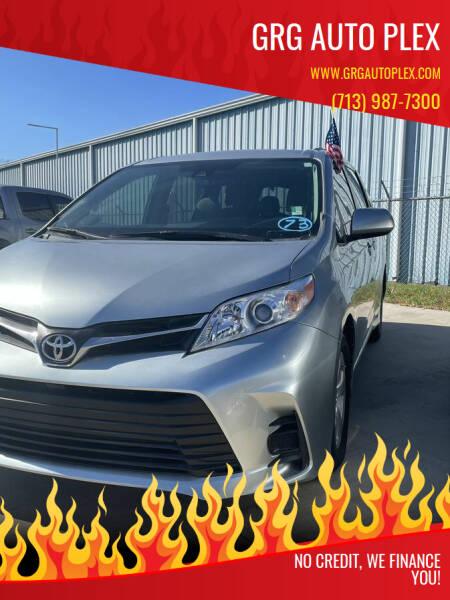 2019 Toyota Sienna for sale at GRG Auto Plex in Houston TX