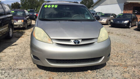 2006 Toyota Sienna for sale at S & H AUTO LLC in Granite Falls NC