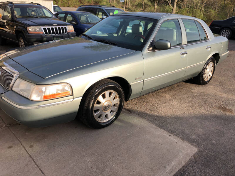 2005 Mercury Grand Marquis for sale at CENTRAL AUTO SALES LLC in Norwich NY