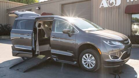 2019 Chrysler Pacifica for sale at A&J Mobility in Valders WI