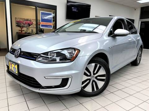2016 Volkswagen e-Golf for sale at SAINT CHARLES MOTORCARS in Saint Charles IL