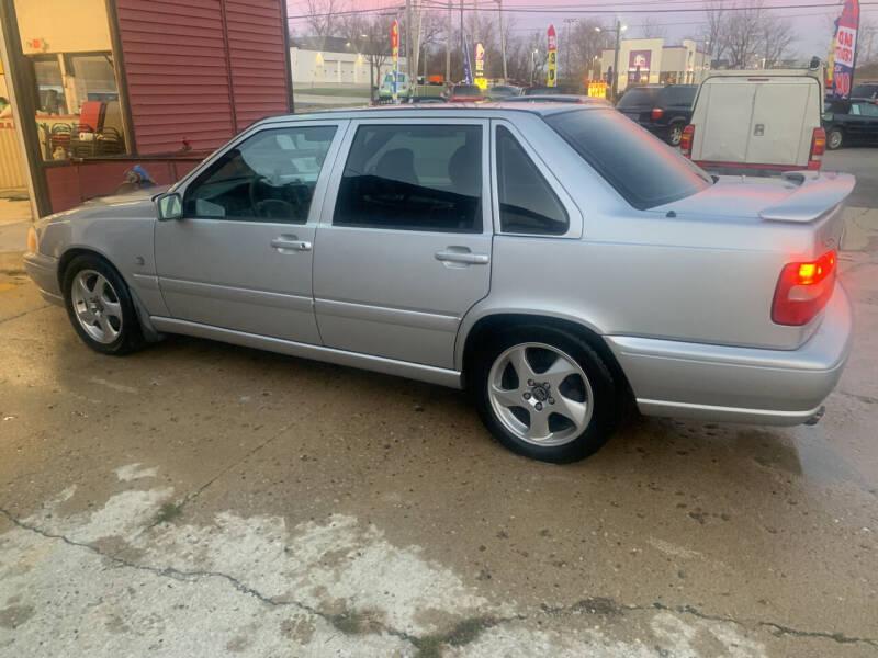 1998 Volvo S70 for sale at NJ Quality Auto Sales LLC in Richmond IL