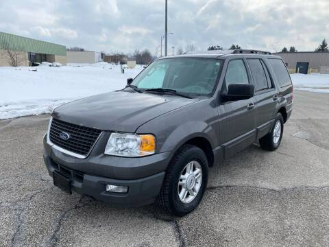 2005 Ford Expedition for sale at JE Autoworks LLC in Willoughby OH