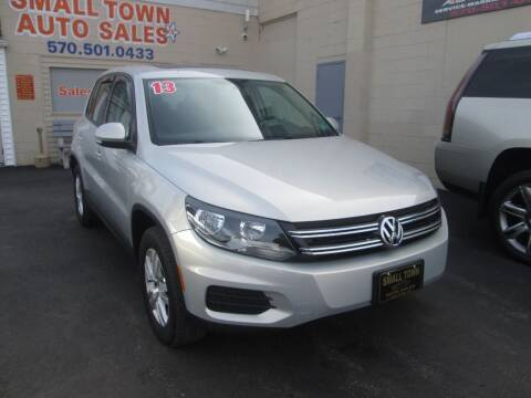 2013 Volkswagen Tiguan for sale at Small Town Auto Sales in Hazleton PA