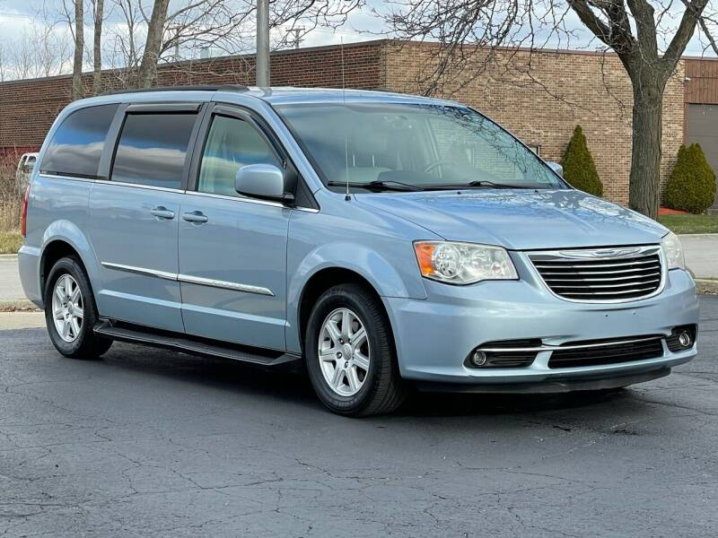 2012 Chrysler Town and Country for sale at Schaumburg Motor Cars in Schaumburg IL