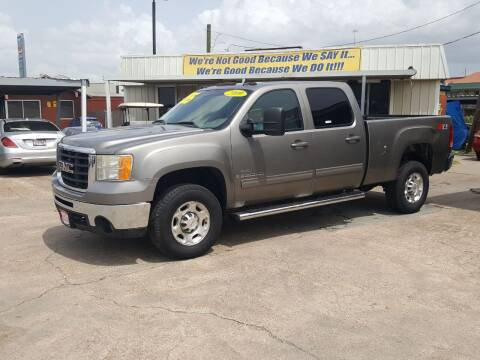 2009 GMC Sierra 2500HD for sale at Taylor Trading Co in Beaumont TX