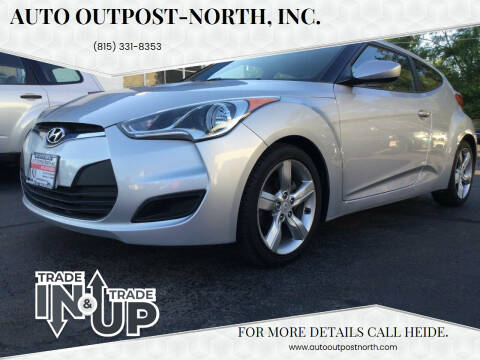 2012 Hyundai Veloster for sale at Auto Outpost-North, Inc. in McHenry IL