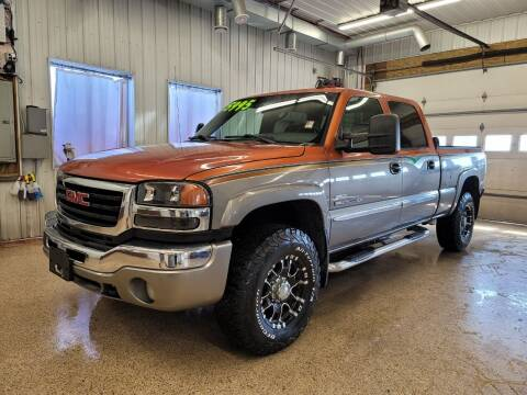 2006 GMC Sierra 2500HD for sale at Sand's Auto Sales in Cambridge MN