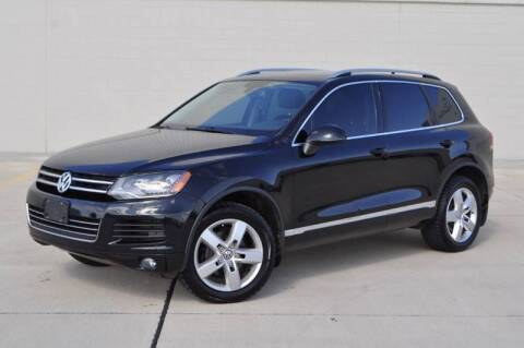 2012 Volkswagen Touareg for sale at Select Motor Group in Macomb MI