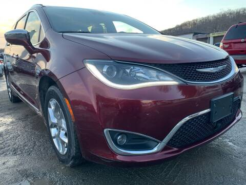 2017 Chrysler Pacifica for sale at Ron Motor Inc. in Wantage NJ