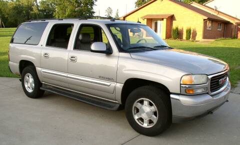 2004 GMC Yukon XL for sale at Angelo's Auto Sales in Lowellville OH