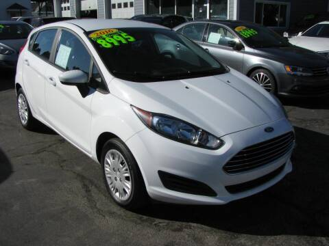 2016 Ford Fiesta for sale at CLASSIC MOTOR CARS in West Allis WI