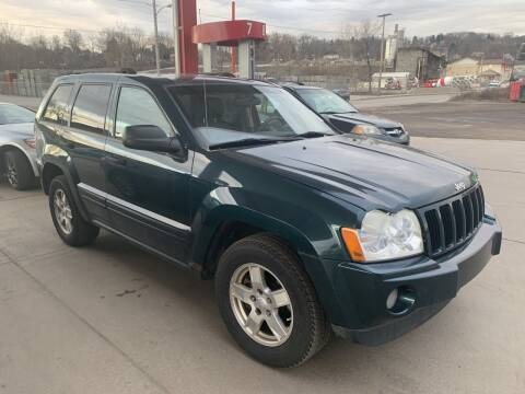 2005 Jeep Grand Cherokee for sale at Trocci's Auto Sales in West Pittsburg PA