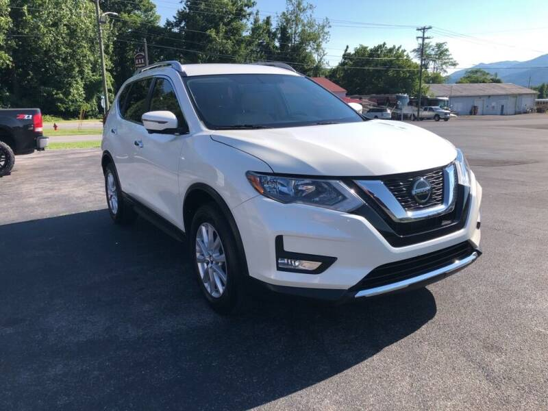 2018 Nissan Rogue for sale at KNK AUTOMOTIVE in Erwin TN
