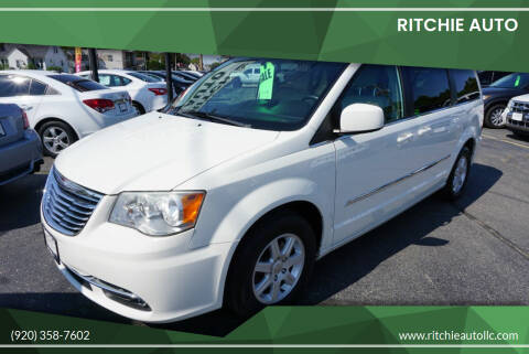 2013 Chrysler Town and Country for sale at Ritchie Auto in Appleton WI