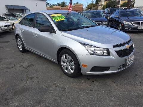 2013 Chevrolet Cruze for sale at Oxnard Auto Brokers in Oxnard CA
