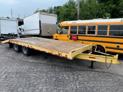 1998 TOWNMASTER CONTRAIL for sale at MYLENBUSCH AUTO SOURCE in O'Fallon MO