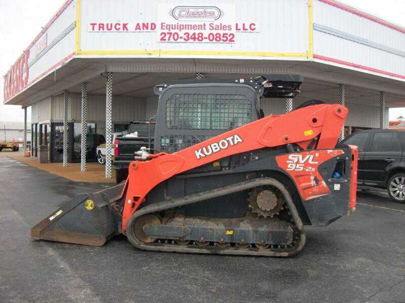 2018 Kubota SVL95-2 Skid Steer for sale at Classics Truck and Equipment Sales in Cadiz KY