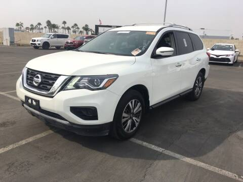 2019 Nissan Pathfinder for sale at Nissan of Bakersfield in Bakersfield CA
