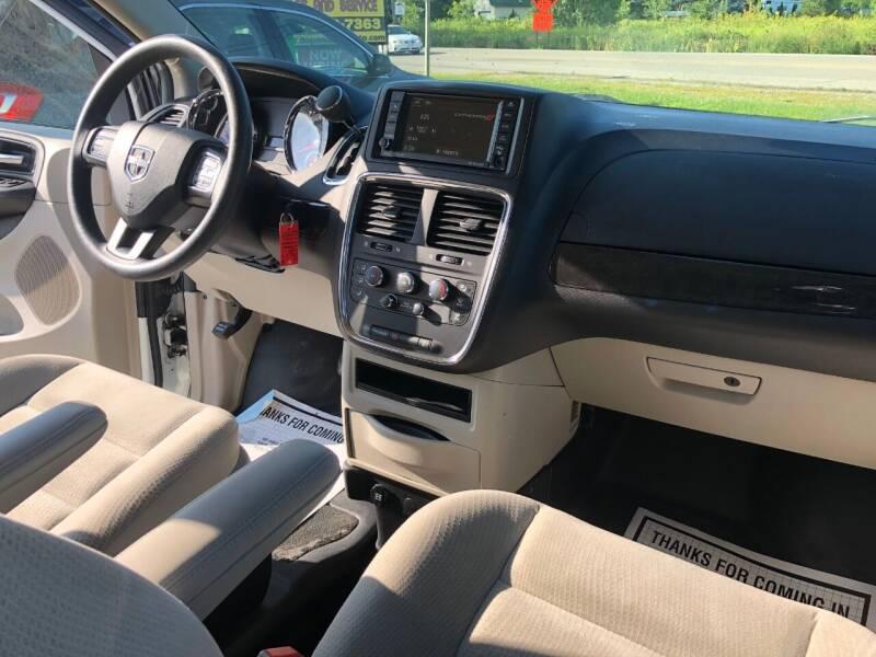2017 Dodge Grand Caravan SE 4dr Mini-Van - Fort Atkinson WI