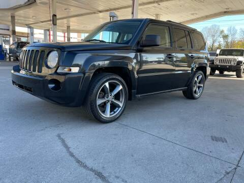 2008 Jeep Patriot for sale at JE Auto Sales LLC in Indianapolis IN