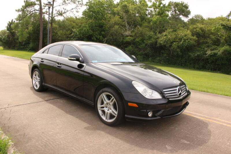 2006 Mercedes-Benz CLS for sale at Clear Lake Auto World in League City TX