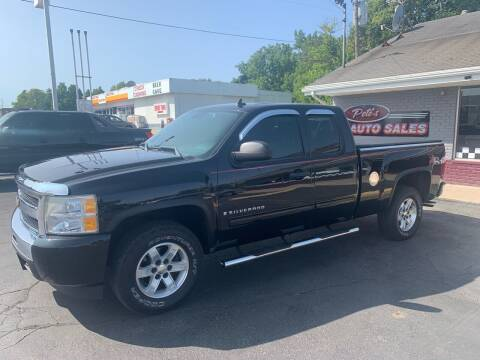 2009 Chevrolet Silverado 1500 for sale at PETE'S AUTO SALES - Dayton in Dayton OH