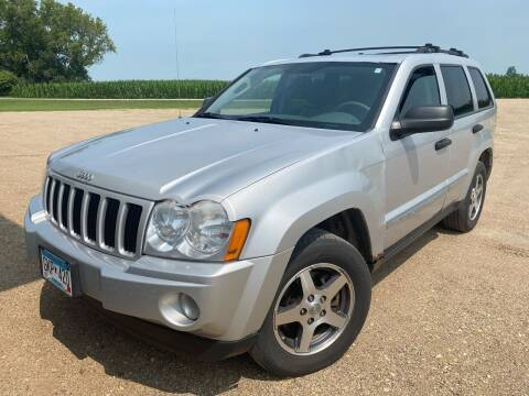 2005 Jeep Grand Cherokee for sale at RDJ Auto Sales in Kerkhoven MN