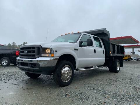 2004 Ford F-550 Super Duty for sale at Charlie's Used Cars in Thomasville NC