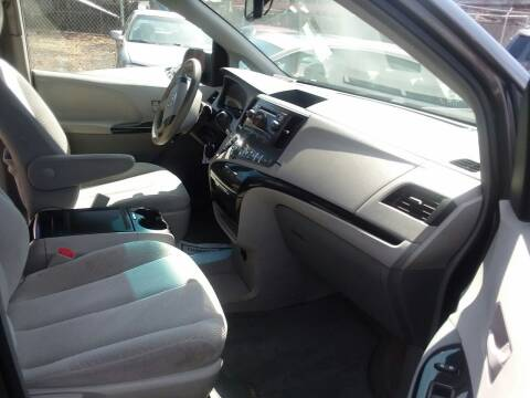2014 Toyota Sienna for sale at International Auto Sales Inc in Staten Island NY