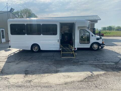 2013 Chevrolet Express Cutaway for sale at MOES AUTO SALES in Spiceland IN