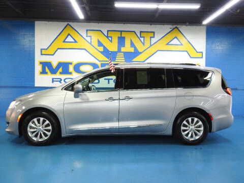 2019 Chrysler Pacifica for sale at ANNA MOTORS, INC. in Detroit MI