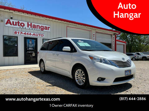 2017 Toyota Sienna for sale at Auto Hangar in Azle TX