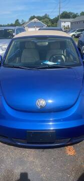 2008 Volkswagen New Beetle Convertible for sale at Whiting Motors in Plainville CT
