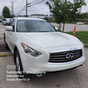 2014 Infiniti QX70 for sale at Spark Motors in Kansas City MO