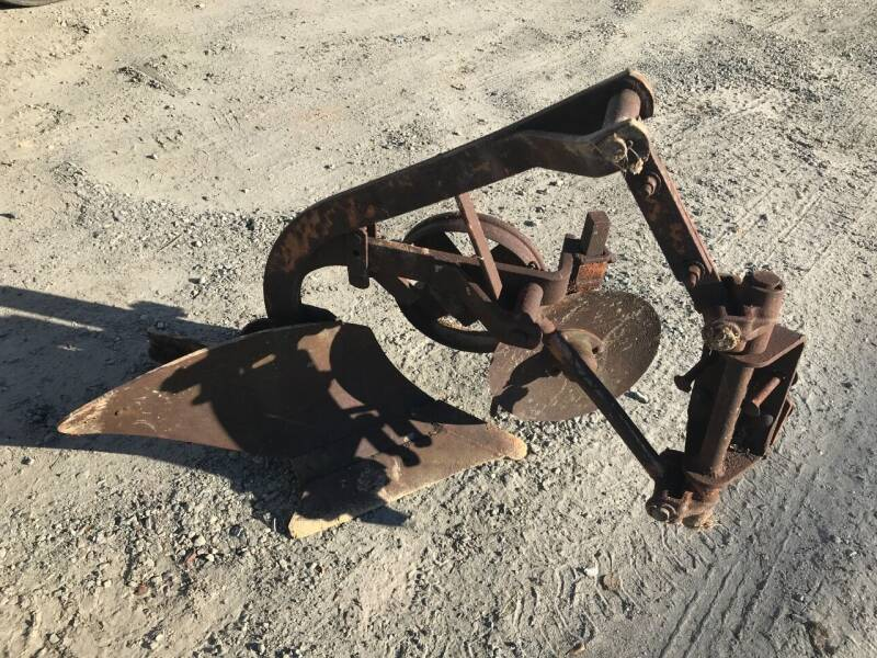 Allis Chalmers G Turn Plow for sale at Vehicle Network - Joe's Tractor Sales in Thomasville NC