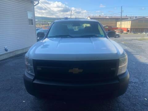 2013 Chevrolet Silverado 1500 for sale at YASSE'S AUTO SALES in Steelton PA