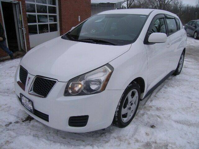 2009 Pontiac Vibe for sale at HALL OF FAME MOTORS in Rittman OH