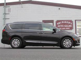 2017 Chrysler Pacifica for sale at Brubakers Auto Sales in Myerstown PA