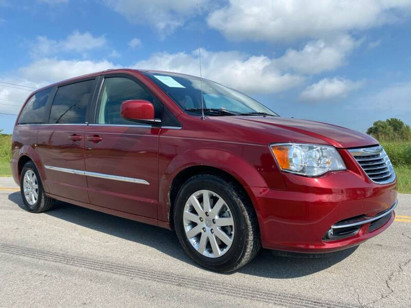 2013 Chrysler Town and Country for sale at ILUVCHEAPCARS.COM in Tulsa OK