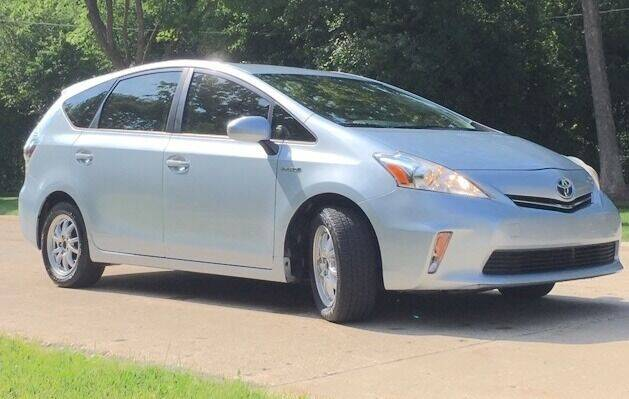 2012 Toyota Prius v for sale at Green Wheels in Chicago IL