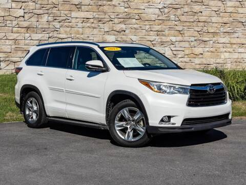 2015 Toyota Highlander for sale at Car Hunters LLC in Mount Juliet TN