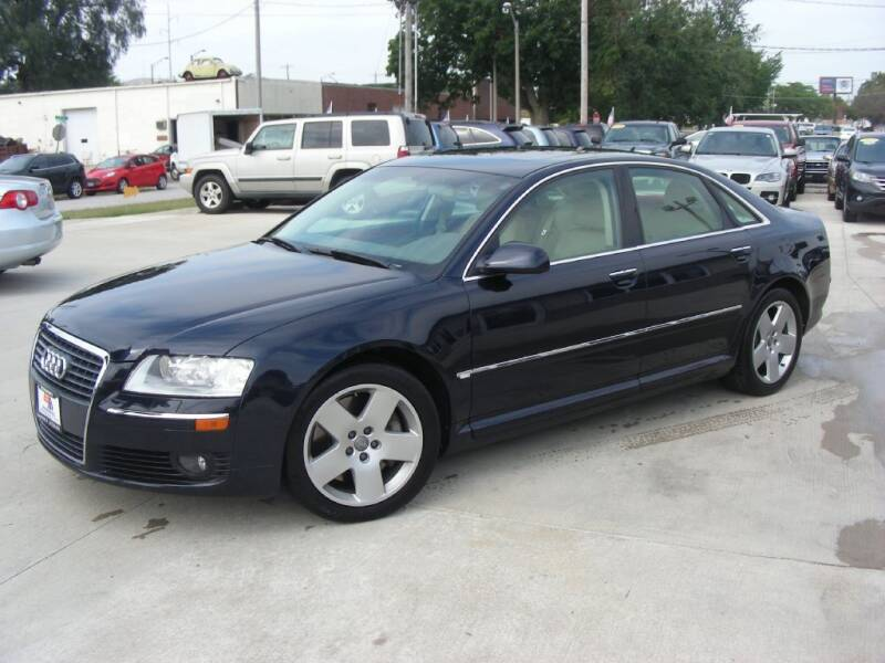 2007 Audi A8 for sale at EURO MOTORS AUTO DEALER INC in Champaign IL