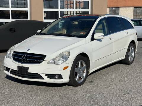 2010 Mercedes-Benz R-Class for sale at MAGIC AUTO SALES - Magic Auto Prestige in South Hackensack NJ