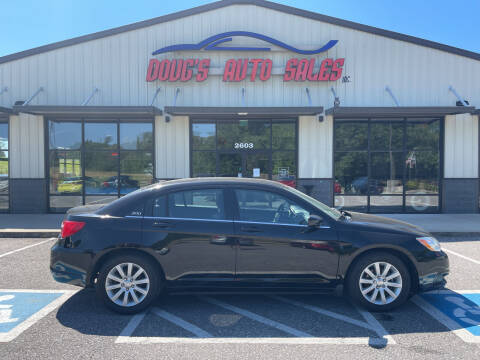 2014 Chrysler 200 for sale at DOUG'S AUTO SALES INC in Pleasant View TN